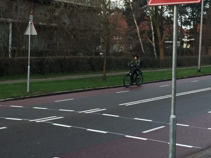 Veiliger oversteek Thomas á Kempislaan bij Koepad gerealiseerd !
