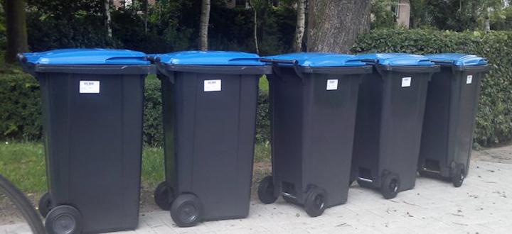 Oud papier in mini-containers wordt vrijdag 24 april opgehaald