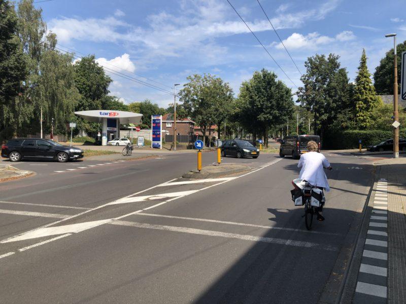 Verkeersveiligheid: De Hommelseweg gaat in 2021 op de schop! (Inclusief kruispunt Dalweg / Thomas á Kempislaan)